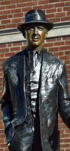 Statue of Jimmy Stewart